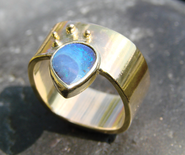 Blue Goldsmiths located in Biltmore Village