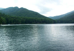 Lake Nantahala And Nantahala Nc Cabins Lakefront Rentals